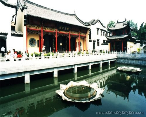 The Guiyuan Buddist Temple